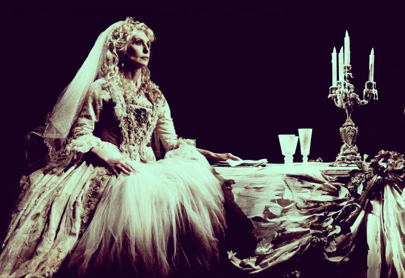 Jane Asher as Miss Havisham. Photographer Idil Sukan (3)