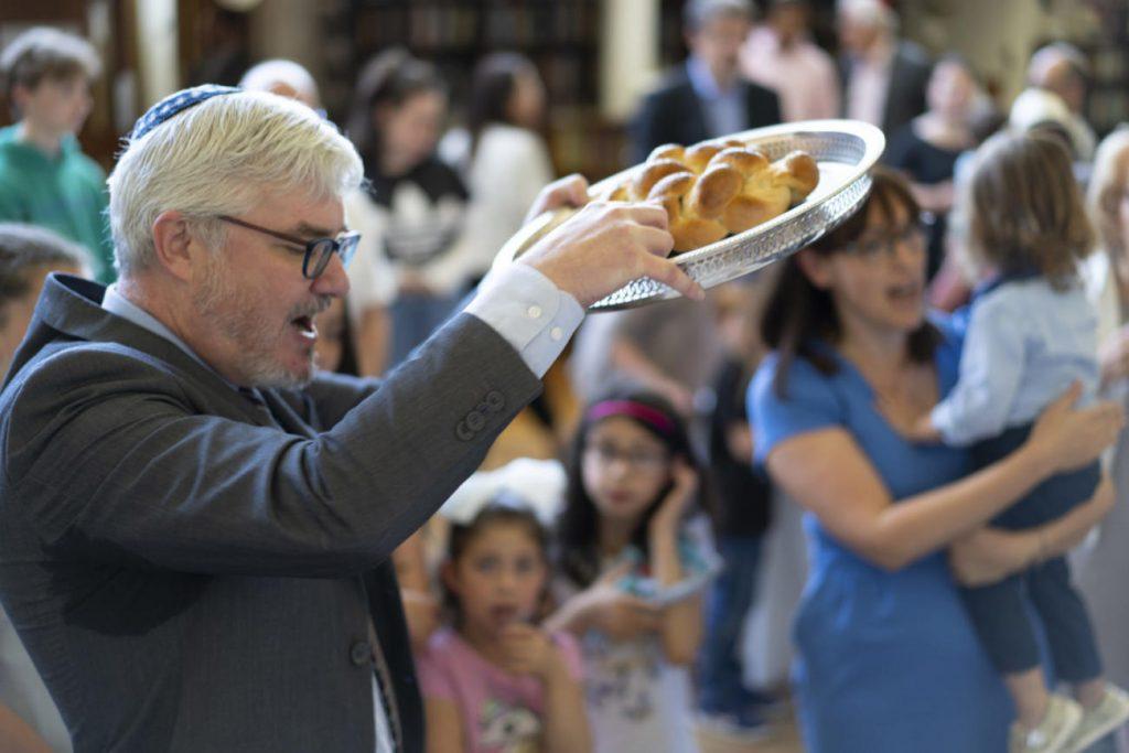 Rabbi Paul Strasko Celebrating Shabbat at Sinai Synagogue