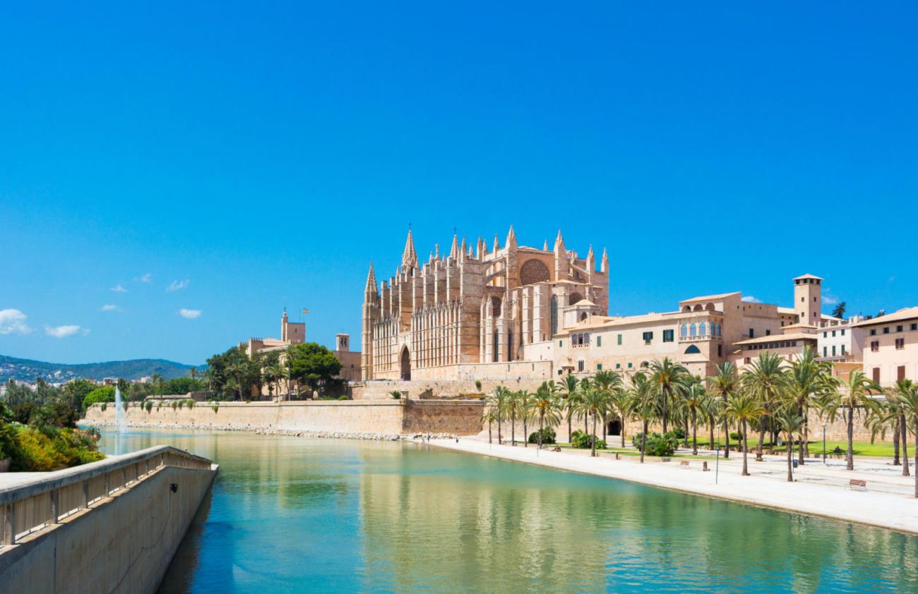 Palma de Mallorca - Port Marina Majorca Cathedral